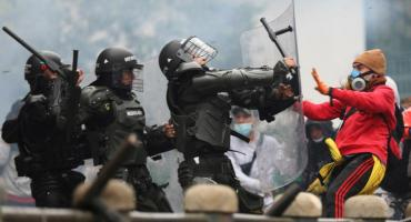Colombia se quema en el fuego de la protesta popular