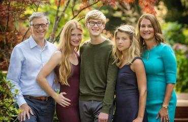 Quienes son los tres hijos de Bill y Melinda Gates que no heredarán su abultada fortuna