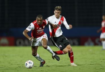 Con un equipo alternativo, River igualó ante Independiente Santa Fe 0-0