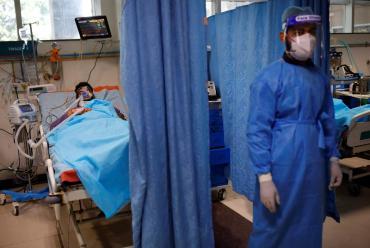 India reportó más de 400.000 nuevos casos de coronavirus por segundo día consecutivo