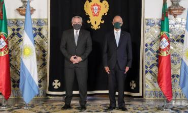 Alberto Fernández fue recibido por el presidente de Portugal en el inicio oficial de su gira por Europa