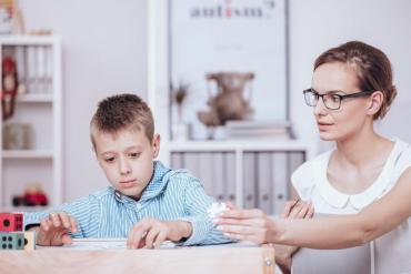 Asperger: ¿Cómo saber si tus hijos tienen este síndrome?
