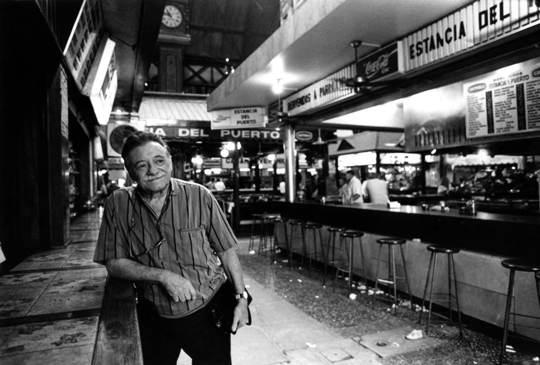 Mario Benedetti al Mercado del Puerto, Montevideo