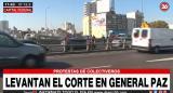 Choferes de micros levantaron corte en avenidas General Paz y Rivadavia: esperan arreglo salarial de la UTA