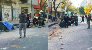 Derrumbe en un edificio de Villa Crespo: dos personas resultaron heridas y hubo un internado