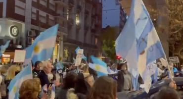 Cacerolazo y protesta en el Congreso contra la reforma al Ministerio Público Fiscal