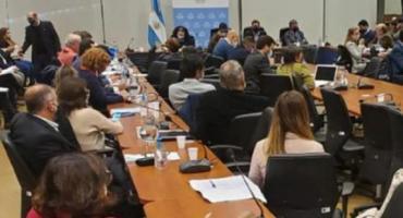 En medio de tensiones, el oficialismo firmó dictamen a favor del proyecto de reforma del Ministerio Público