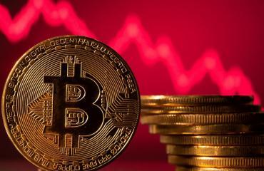 Sangra el mundo de las criptomonedas: China da el golpe mortal y prohíbe Bitcoin