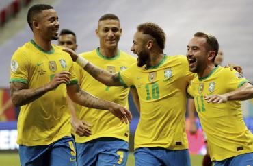 Brasil liquidó por 3 a 0 a una pobre Venezuela en la primera fecha de la Copa América