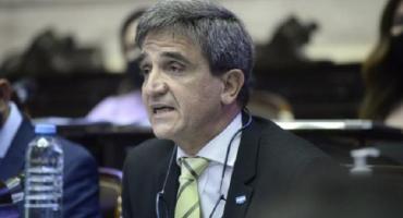 El oficialismo admite que será difícil aprobar la ley Emergencia Covid y anticipa que seguirán los DNU
