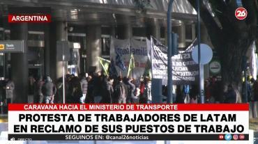 Protesta de trabajadores de LATAM en Aeroparque: reclamo por reubicación de 2.000 puestos de trabajo