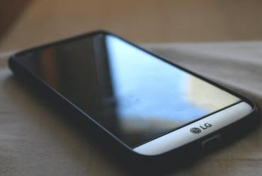 Con la salida de LG de Argentina, se arman alianzas y estrategias por venta de celulares