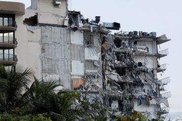 FOTOS IMPACTANTES: el trágico derrumbe de edificio en Miami, en imágenes