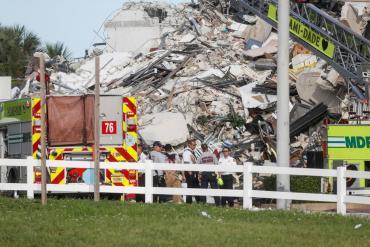 El día después a la tragedia: ¿qué se sabe de las posibles causas del derrumbe en Miami?