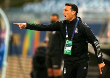 Scaloni defendió los planteos de la Selección y lo comparó con la Eurocopa: