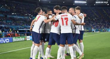 Inglaterra vapuleó a Ucrania e irá por un lugar en la final de la Eurocopa ante Dinamarca