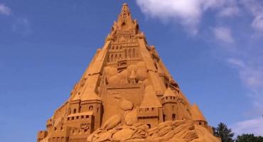 Construyen el castillo de arena más alto del mundo en Dinamarca
