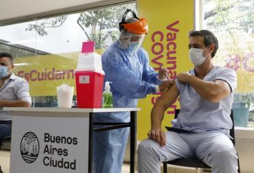 La Ciudad de Buenos Aires habilita desde este jueves la inscripción para que se vacunen los mayores de 30 años