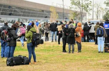 Tensión: evacuaron de urgencia el aeropuerto de Rosario por una amenaza de bomba