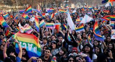 El Senado de Chile dio media sanción para el matrimonio igualitario