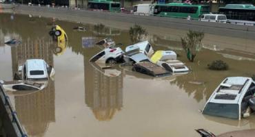 China: ya suman más de 30 las muertes tras las fuertes lluvias que ahora avanzan hacia el norte