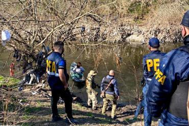 Más de 330 efectivos de la PFA desbarataron banda narco que usaba una tirolesa para cruzar drogas