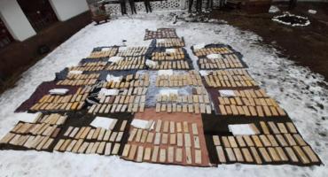 Cinco personas fueron detenidas en Neuquén por traficar 504 kilos de marihuana y casi 30 de cocaína