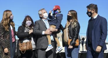Alberto Fernández participó en la entrega de viviendas y créditos para la construcción en el partido de Merlo