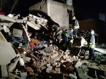 Tragedia en Lomas de Zamora: se derrumbó una casa y murieron dos mujeres