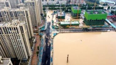 China, llegaron a 71 los fallecidos por las inundaciones en Henan