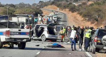 Tragedia en Salta: seis personas murieron en un choque frontal entre dos automóviles