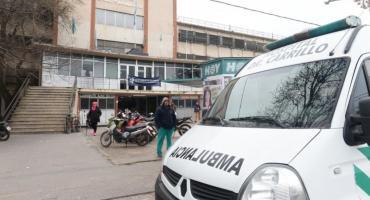 Milagro en La Plata: se salvó tras caer a la vereda desde un noveno piso