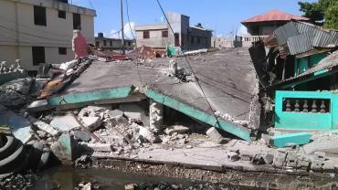 Haití sufrió un fuerte sismo de 7,2 grados: muertos, destrozos y alerta de tsunami