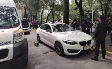 Asesinaron a un médico dentro de su auto en México