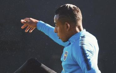 Luego de ser sancionado por Boca, Villa se entrenó en Ezeiza al margen del plantel