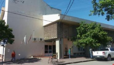 Horror en Salta: tiró por las escaleras a su pareja y la golpeó salvajemente delante de sus hijos