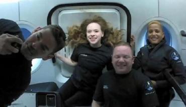 Regreso exitoso de misión espacial totalmente realizada por turistas