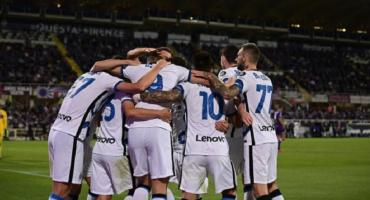 Inter se lo dio vuelta a la Fiorentina y sigue siendo puntero