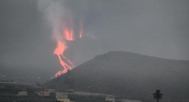 España y Europa en alerta: temen que lava del volcán de La Palma llegue al mar y genere una nube tóxica