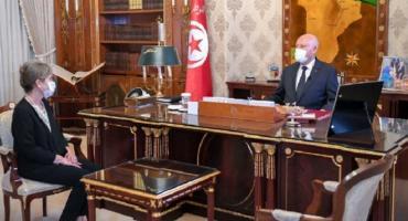 Por primera vez en la historia de Túnez asume una mujer la jefatura de gobierno