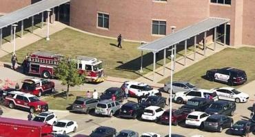 VIDEO de tensión en Estados Unidos: varios heridos tras tiroteo en una escuela secundaria de Texas