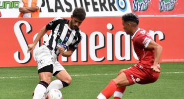 Huracán logró un importante triunfo por 2 a 1 frente a Central Córdoba