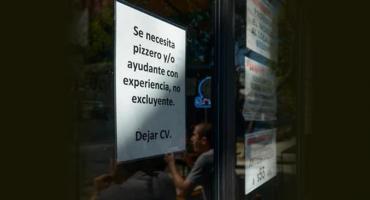 El nuevo problema de bares y restaurantes en Argentina: no consiguen empleados