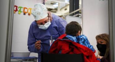 Coronavirus en Argentina: comenzó la vacunación de niños y niñas de entre 3 y 11 años con comorbilidades