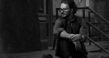 Ricardo Arjona presenta El flechazo y la secuela, el segundo corte de su nuevo disco