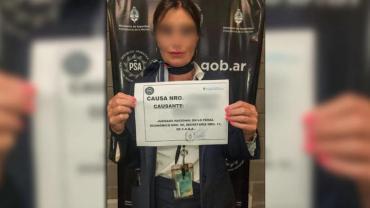 Detuvieron a una azafata que viajaba con más de dos kilogramos de oro y más de 11 mil dólares