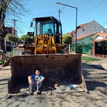 Tiene 8 años, su casa se incendió, pidió ayuda por TikTok y ya empezarán a reconstruirla