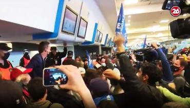 Protesta de trabajadores de LATAM en Aeroparque Jorge Newbery: