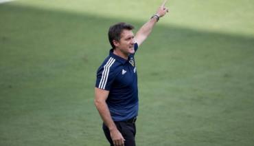 Guillermo Barros Schelotto, nuevo técnico de la Selección de Paraguay