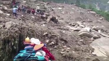 Drama en Nepal: al menos 52 muertos por lluvias torrenciales y deslizamientos de tierra